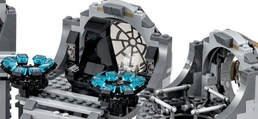 Lego-EmperorsThroneRoom-Zoom